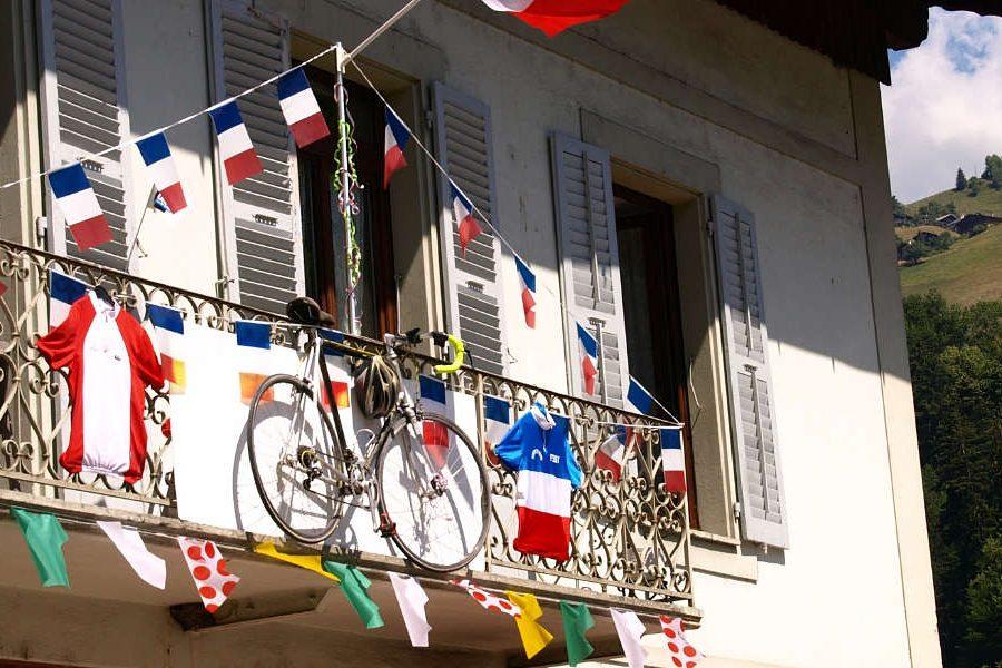 Tour de France Tours Lake Annecy