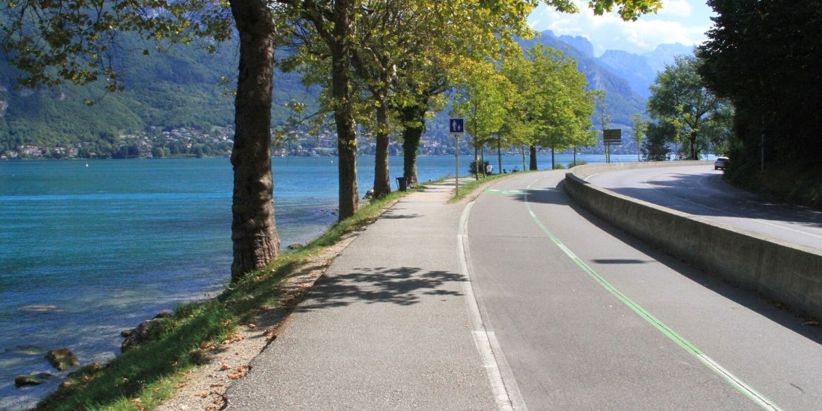 Annecy Alps Rides With No Stress